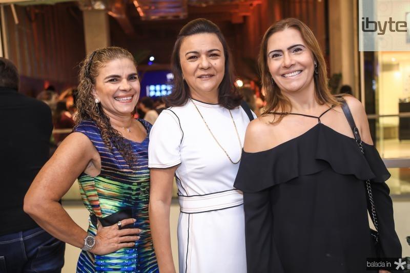 Madalena Feijao, Guimar Feitosa e Debora Moreira