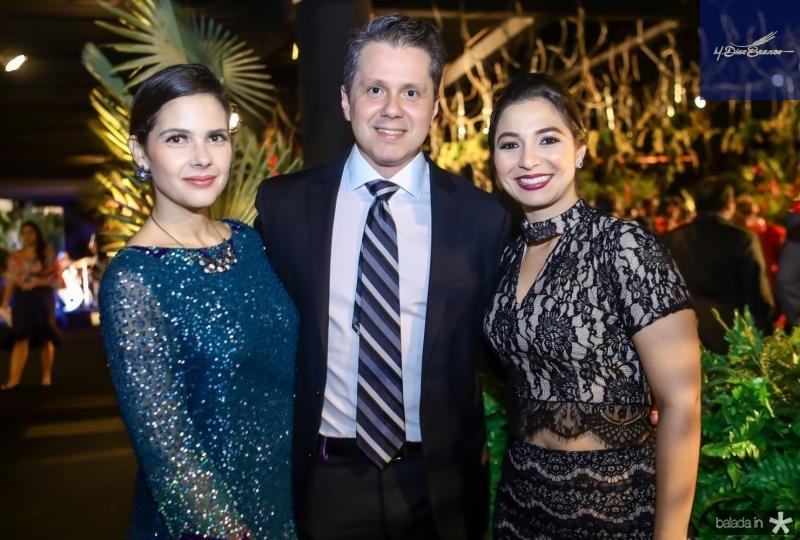 Joana e Livio Parente e Jamila Araujo