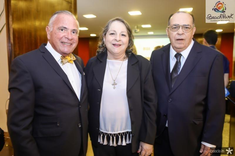 Roberto Parcifal, Ciglinda e Regis Barroso