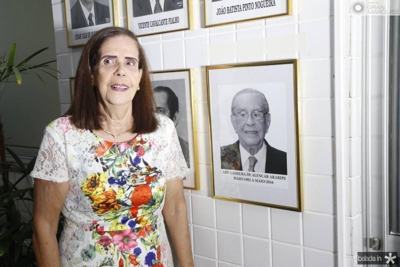 Maria Teresa Araripe