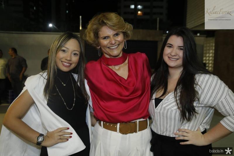Vanila Moura, Joeana Franca e Emilie Sampaio