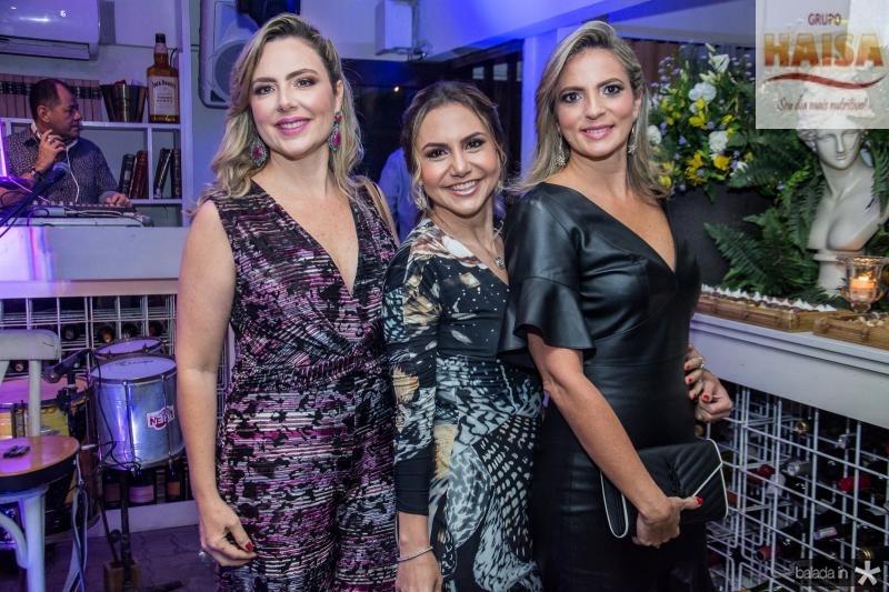 Suyane Dias Branco, Adriana Queiroz e Michele Aragao