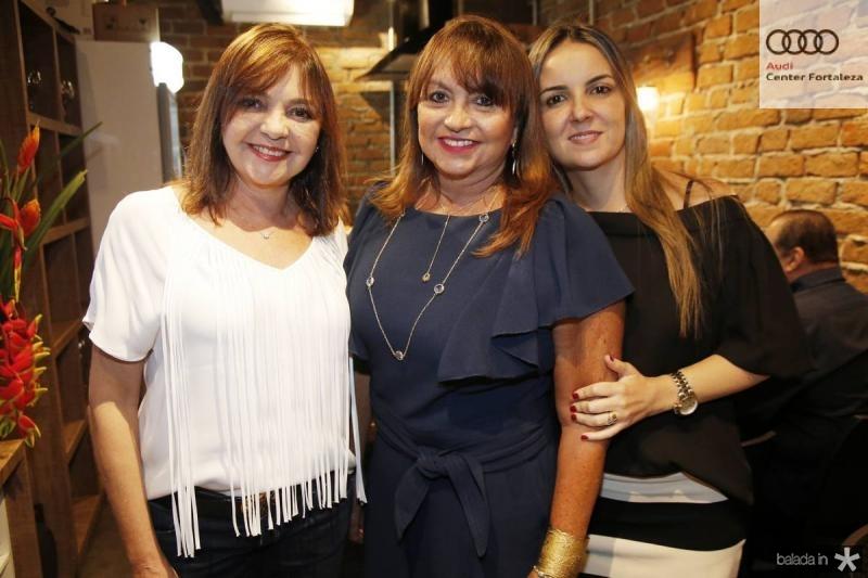 Ana Lourdes, Carmen Cinira e Raquel Vasconcelos