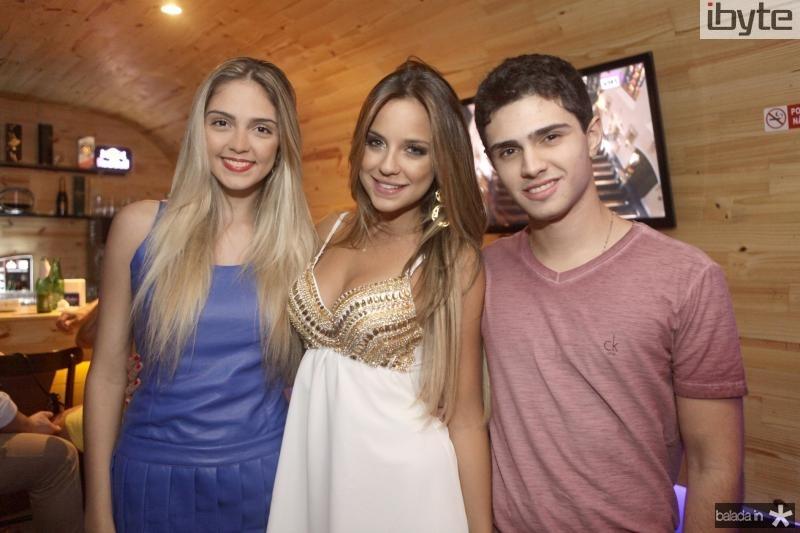 Priscila e Fernanda Levy, Lucas Lima