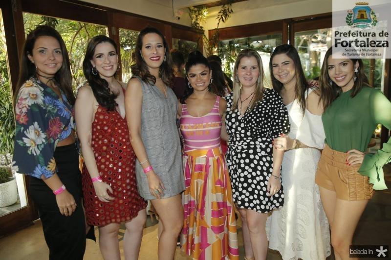 Rafaela Pessoa, Juliana Botelho, Rebeca Souza, Isabelle Timoteo, Adriana Loureiro, Ana Joca e Nicole Vasconcelos