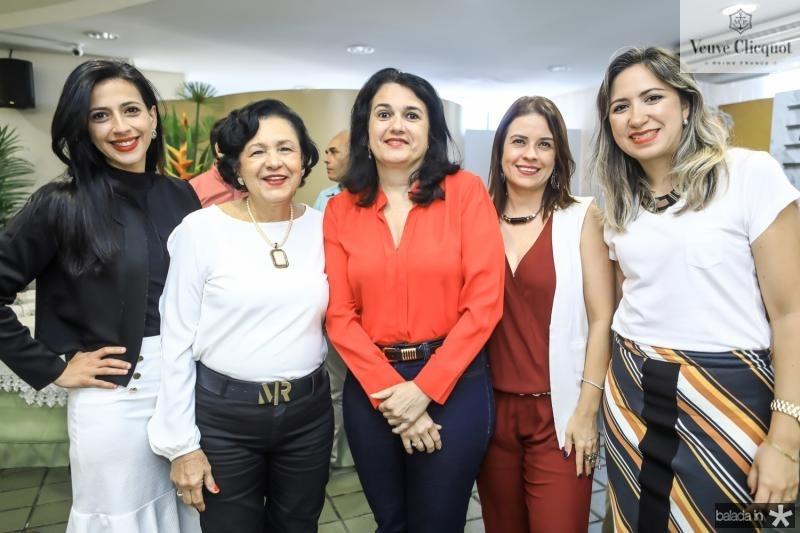 Taina Feitosa, Malu Correia, Denise Melo, Rocaia Dultra e Samira Batista