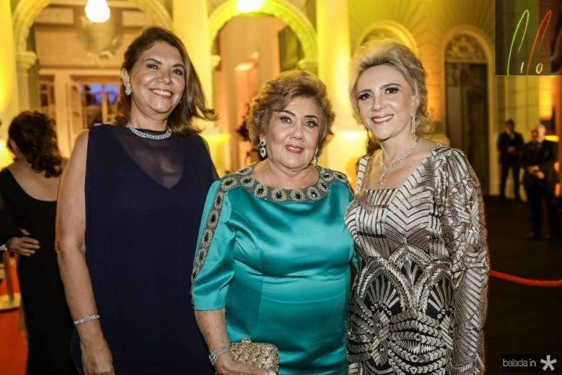 Ana D`Aurea Chaves, Consuelo Dias Branco e Graça da Escossia