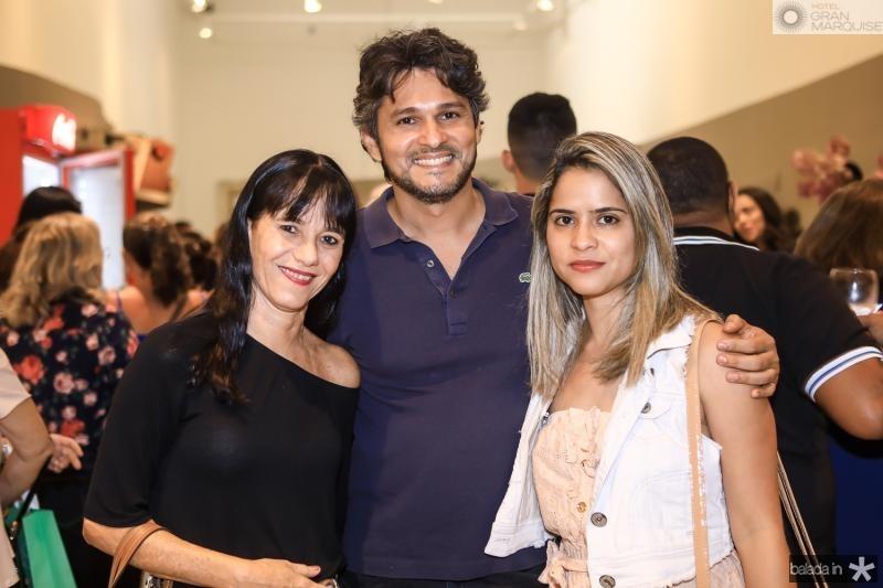 Adriane Hortencio, Firmo Almeida e Thalita Viana