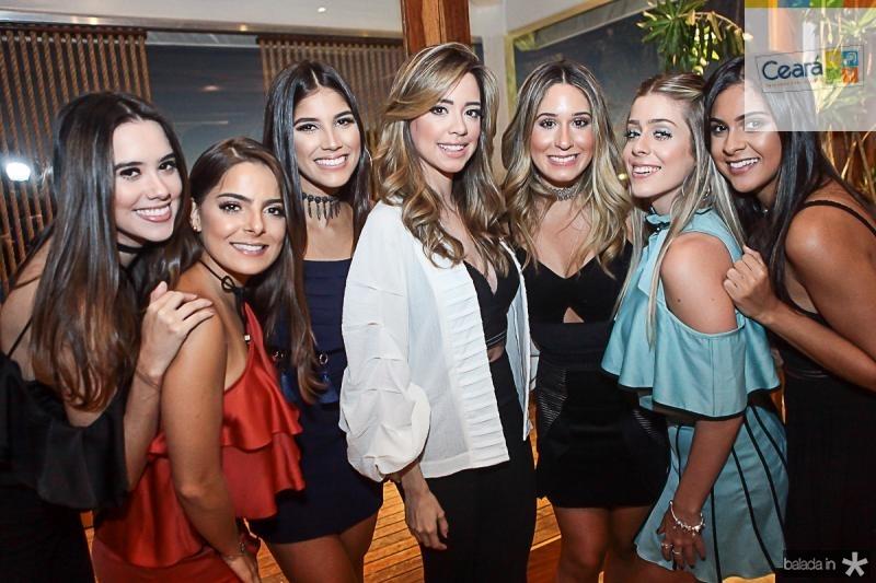 Fernanda Abreu, Natasha Diniz, Mariana Veloso, Liz Alencar, Graziela Maia, Maria Clara Boris e Germana Frota