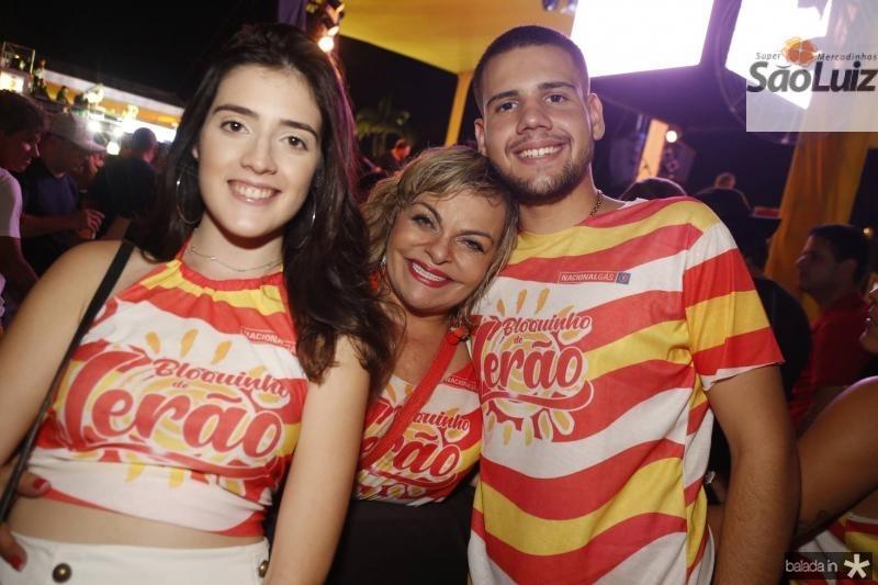 Larissa Melo, Thea Moreira e Carlos Freire