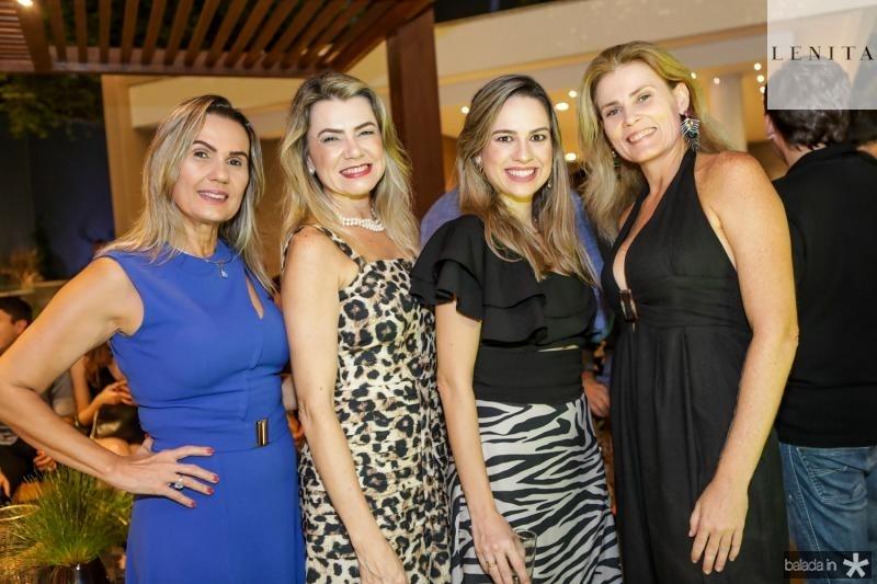 Paula, Gardenia, Kamila e Aline Macedo