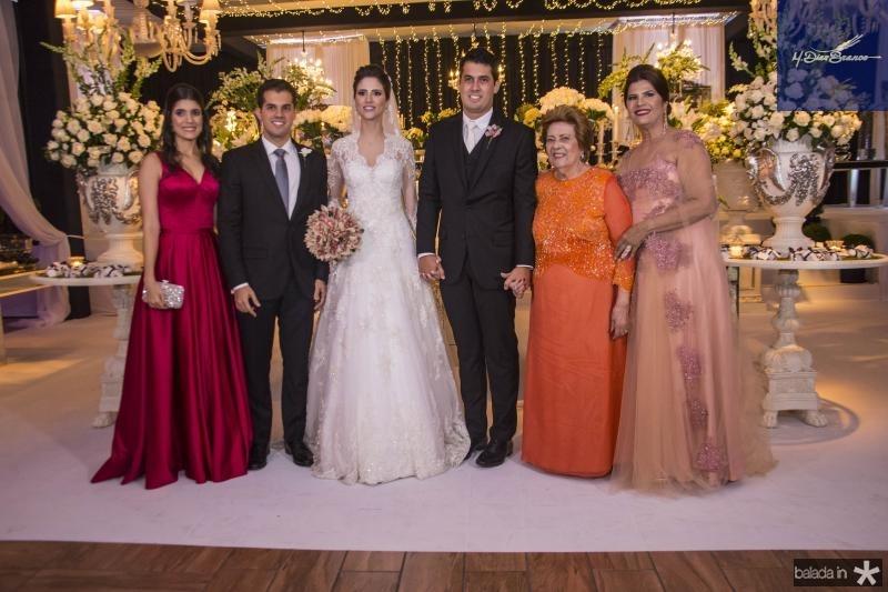 Camila Bezerra, Mario Bezerra, Manoela Gladstone, Artur Bezerra, Margarida Barbosa e Tereza Barbosa