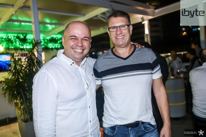 Caio Aderaldo e Douglas Vasquez