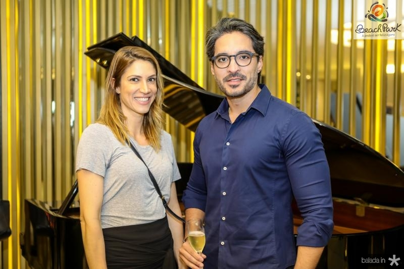 Carol Mendonça e Rodrigo Porto