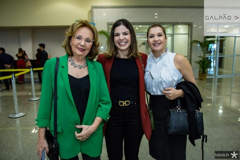 Marcia Dias, Carol Bezerra e Fabiele Pessoa
