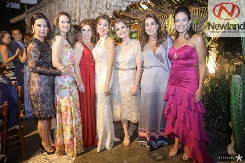 Cristine Marinho, Gisele Siqueira, Ines Cavalcante, Leda Diniz, Alessandra Moura, Vladia Sales e Virginia Martins