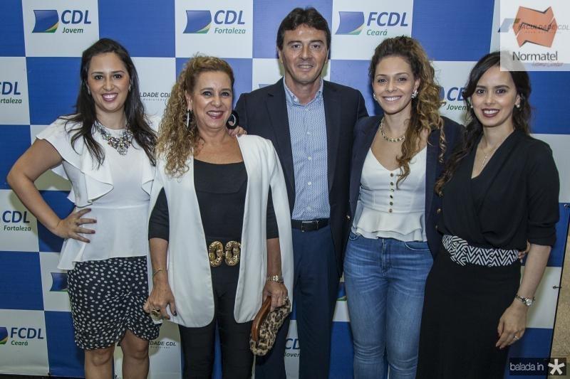 Maira Carvalho, Bricia Teixeira, Luiz Teixeira, Gabriela Carvalho e Rafaela Carvalho