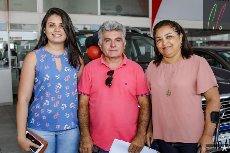 Suellen Costa, Samuel Perdigao e Onelisa Costa