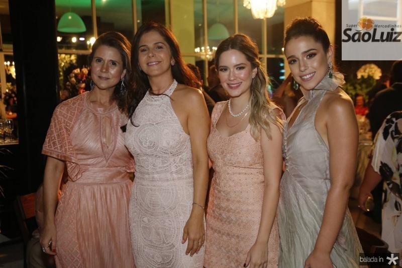 Camille Cidrao, Edriana Nunes, Sara e Marcella Cidrao