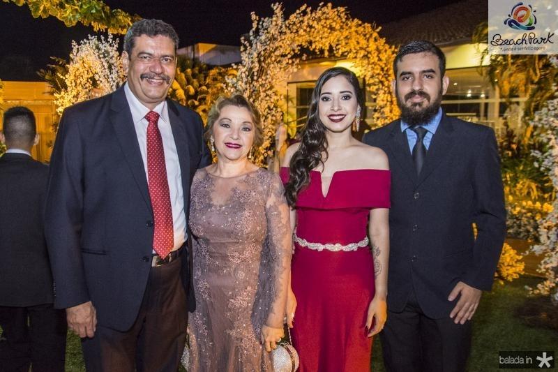 Carlos Aragao, Veronica Aragao, Erica Aragao e Daniel Leal