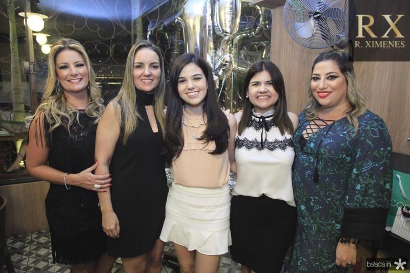 Tatiana Luna, Raquel Vasconcelos, Beatrice Vasconcelos, Ticiana Brigido e Manu Romcy