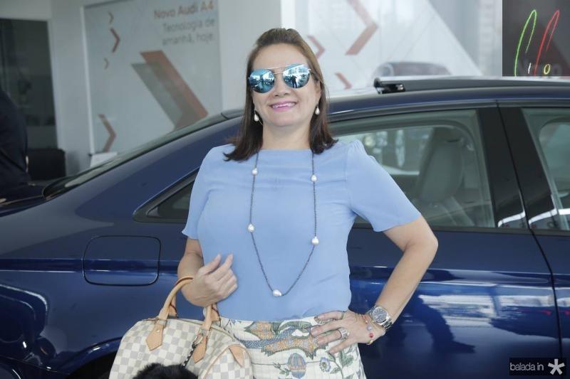 Cristina Albuquerque