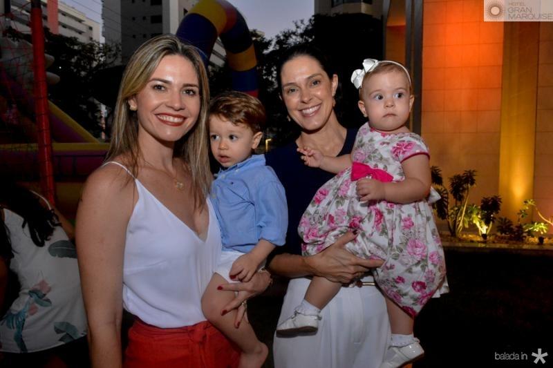 Natalia e Thiago Cals, Paula e Laura Viana