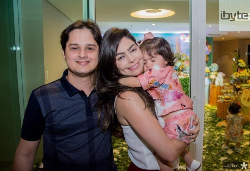 Daniel Golveia, Daniela e Lara Cavalcante