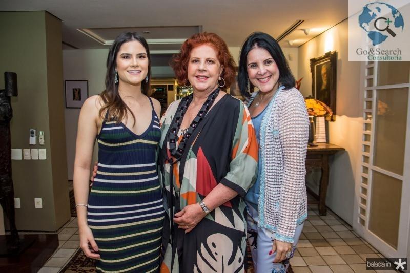 Camile Quintao, Ana Virginia Carneiro e Patricia AlKary