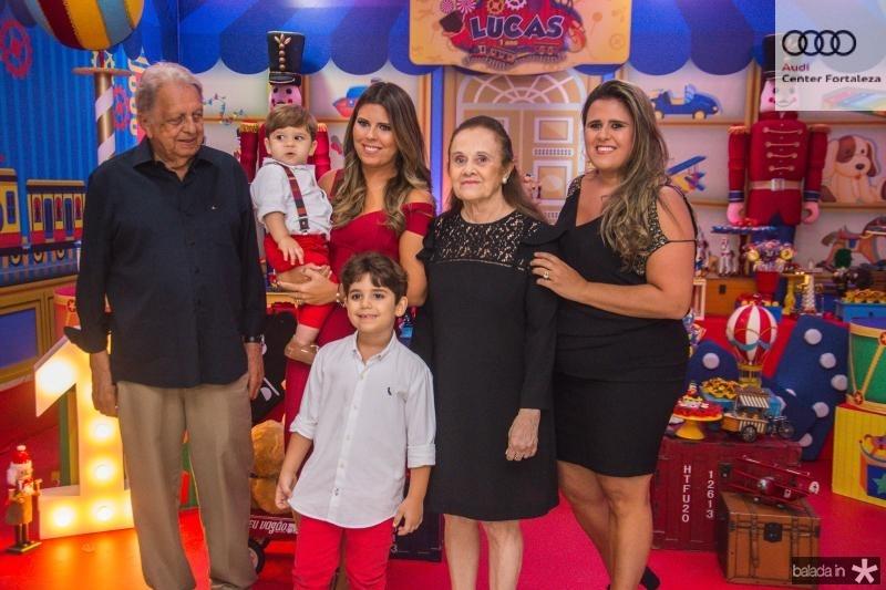 Roberto Bastos, Lucas Albuquerque, Leozinho Albuquerque, Marina Albuquerque, Ines Bastos e Camila Bastos