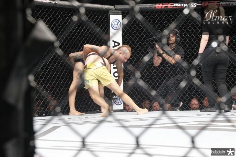Z UFC (
