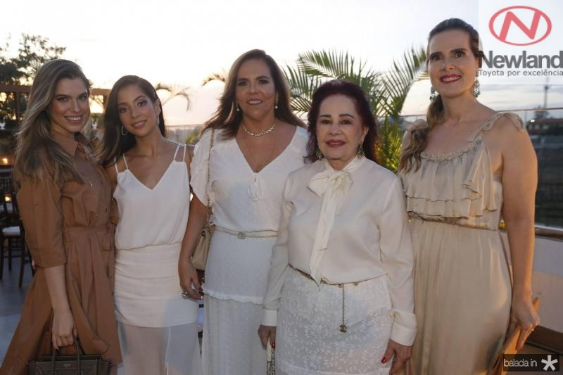 Manuela, Maria Eugenia, Aylsa, Itala e Daniela Ventura