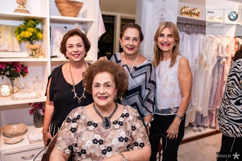 Julia Philomeno, Beatriz Philomeno, Tida Leal e Jaqueline Barbosa