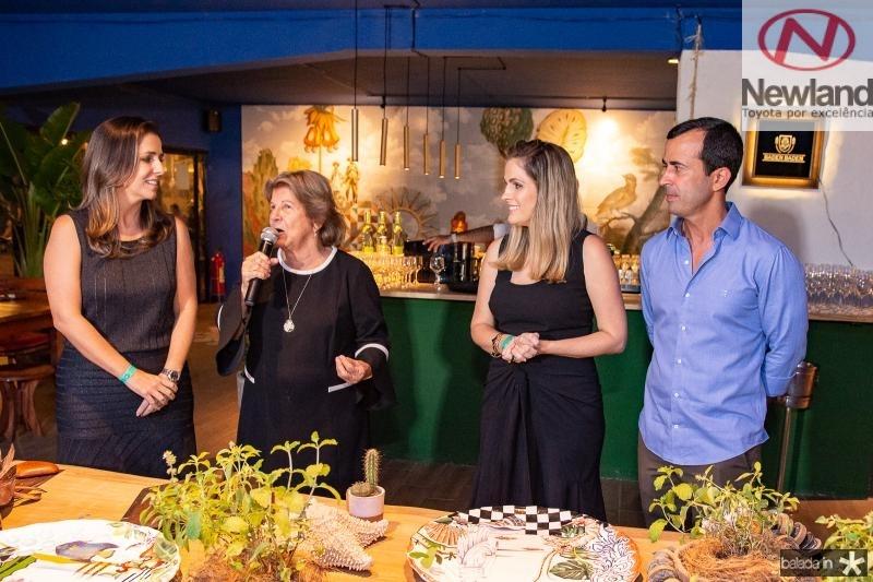Ticiana, Ana Lucia, Mariana e Felipe Mota