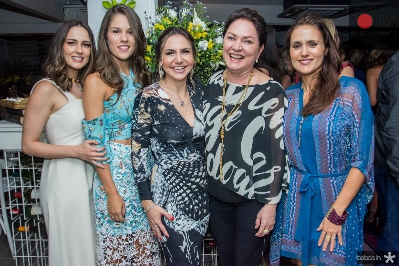 Marilia Queiroz, Daniela Eloy, Adriana Queiroz, Paula Frota e Manoela Bacelar