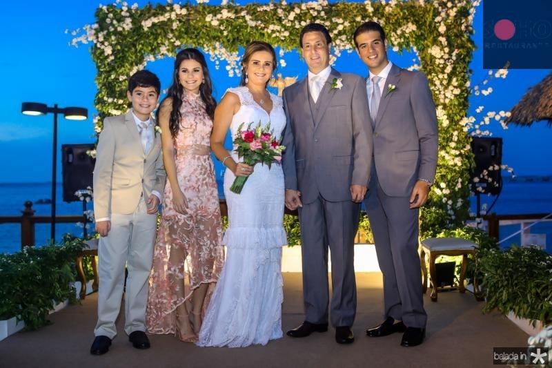 Bernardo, Lize e Ivana Bezerra, Alexandre e Pedro Rangel