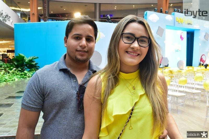 Leo Nobre e Helen Carvalho