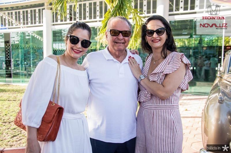 Cristiana Carneiro, Valman Miranda e Adriana Miranda
