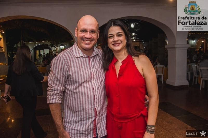 Danilo Queiroz e Luciana Ferreira Gomes
