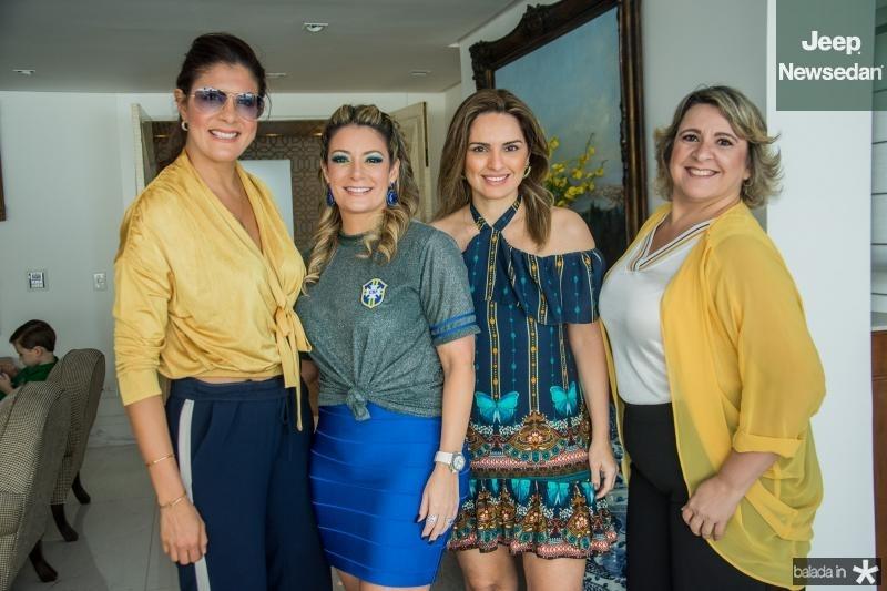 Tatiana Moreira, Tatiana Luna, Mirna Paz e Cecilia Portela