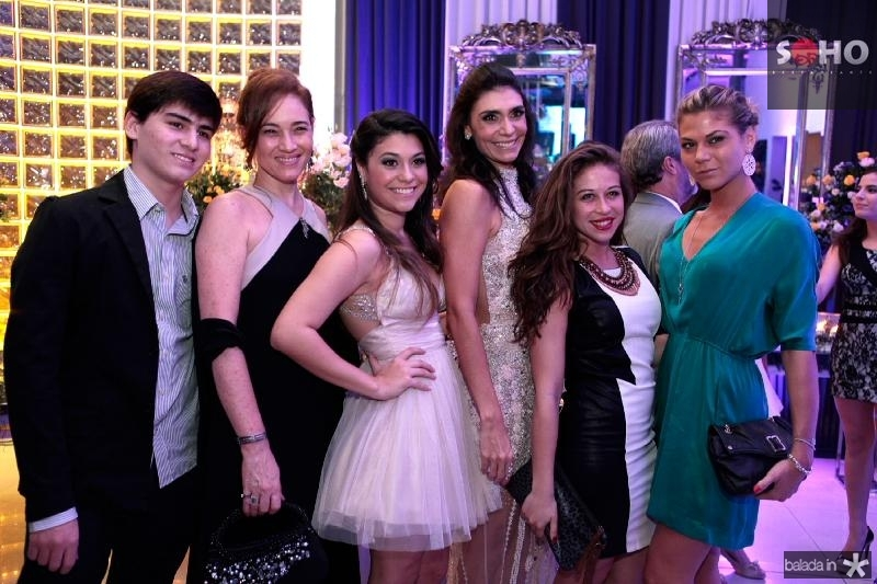 Artur Façanha,Cristina Façanha,Beatriz Albuquerque,Rebeca Albuquerque,Raissa Imperiano e Sra Raviola