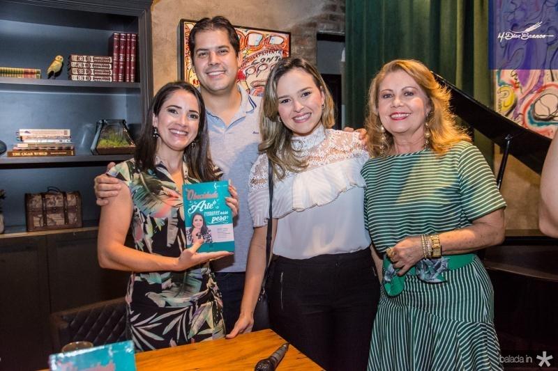 Lia Lima, Rodrigo Mota, Natalia Canuto e Ines Cals