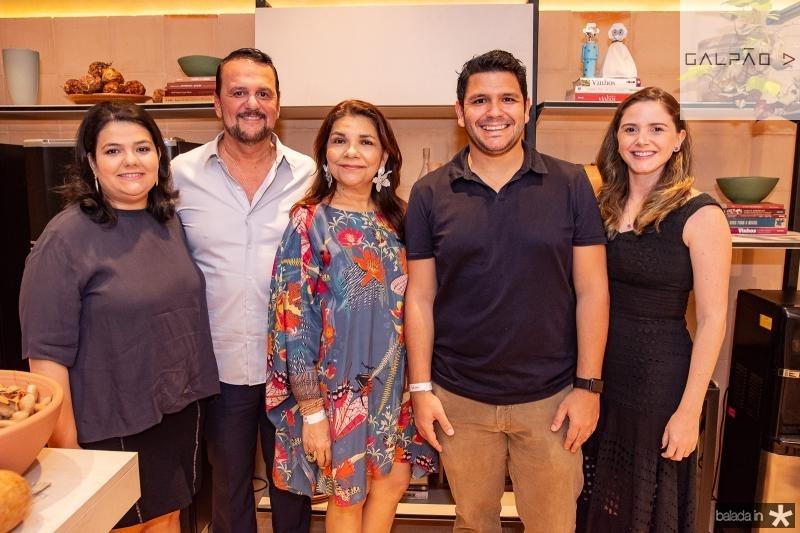 Camile Castro Alves, Adrisio Camara, Celina Castro Alves, Eduardo Camara e Vanessa Camara