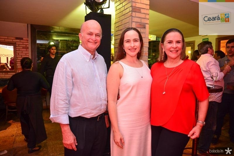 Lauro, Bia e Beatriz Soares