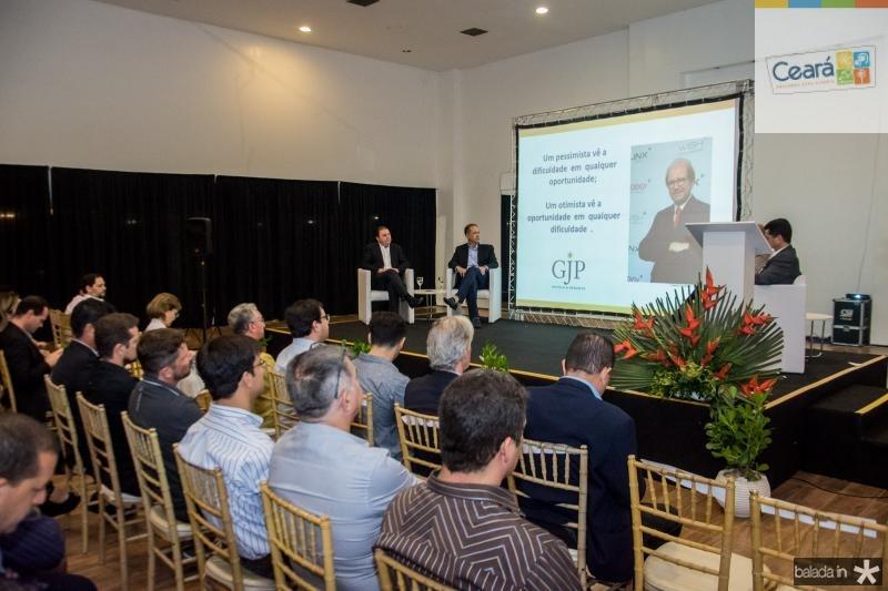 Mesa Redonda As Perspectivas do Setor de Turismo no Brasil com Guilherme Paulus