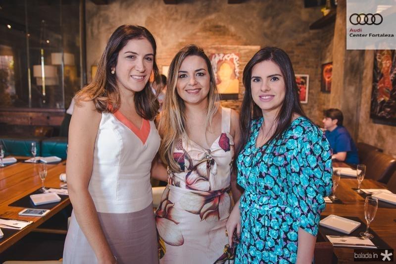 Sarah Baquiti, Deborah Campos e Claudia Rios