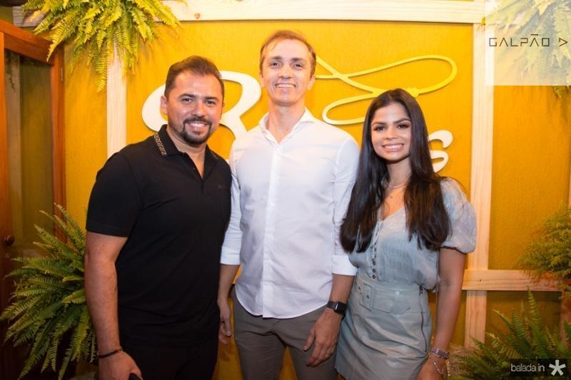 Xandy, Marcelo Marfrutas e Isabele Temoteo