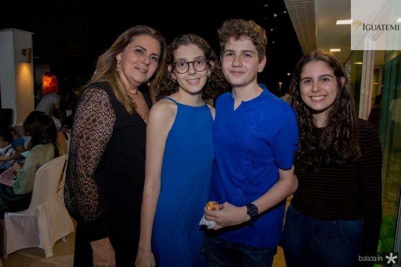 Irana Melo, Marina, Marcelo e Rebeca Marques