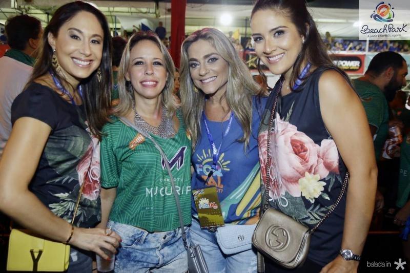 Larissa Coelho, Raquel Barreira, Celia Magalhaes e Natalia Marques