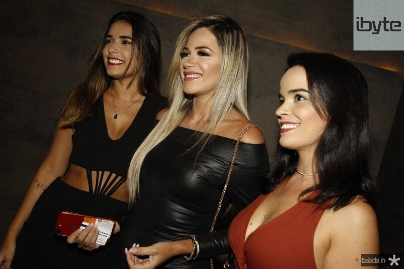 Maria Helena, Vanessa maia e Camila Rodrigues 2